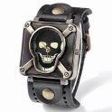 Watch in skull style